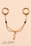 Paire d'anneaux intimes avec drapé de chaînes et cristaux, et pendentif serpent miniature.