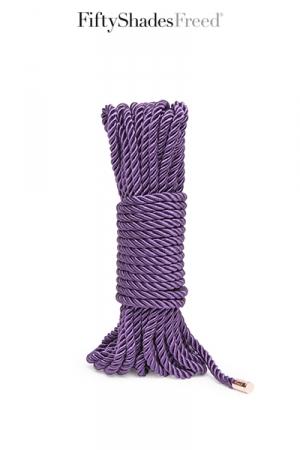 Luxueuse corde de bondage  Want to Play? , longueur 10 mètre, issue de la collection officielle Fifty Shades Freed.