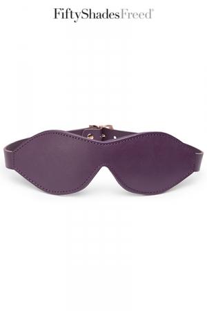 Luxueux bandeau pour les yeux en cuir souple et matelassé, par Fifty Shades of Grey.