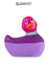 D�clinaison � t�te rose du c�l�bre canard vibrant dans la collection  Colors . I Rub My Duckie est d�sormais en version 2.0.