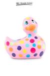 D�clinaison rose et multicolore du c�l�bre canard vibrant dans la collection  Happiness .  I Rub My Duckie est d�sormais en version 2.0.