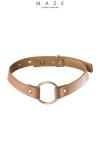 Un collier 100% Vegan, en faux cuir marron, � la fois tendance, discret et explicite avec son anneau de soumission en m�tal.