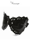 A la fois luxueux masque BDSM et bandeau pour les yeux parfaitement opaque.