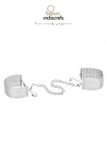 Menottes / Bracelets en chainettes métalliques argentées - D'originaux bracelets en métal argenté qui se transforment en menottes dans l'intimité.