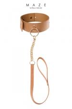 Collier Choker avec laisse marron - Maze - Un collier de soumission et sa laisse amovible pour reprendre le contrôle de votre soumise quand c'est nécessaire.