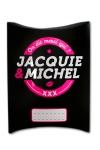 Une charmante petite boite cadeau aux couleurs de Jacquie & Michel, votre site coquin pr�f�r�.