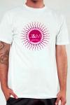 Une nouvelle version � la fois chic et humoristique de l'incontournable Tee-shirt Jacquie et Michel.