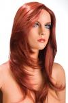 Perruque rousse aux cheveux longs ayants un aspect naturel. Elle tombe � merveille sur les �paules.