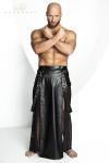 Jupe longue pour homme style Samoura� en wetlook mat et tulle noir.