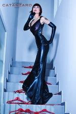 Robe longue Safia - Robe longue en wetlook laqué, un fourreau fetish digne d'une Reine, ou d'une Maitresse ?