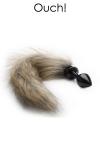 Bijou d'anus et plug anal en m�tal noir avec une queue en fausse fourrure, pour vos jeux de r�les animaliers.