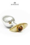 Un caractère précieux et discret, un bijou et objet de plaisir légendaire!
