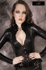 Top blazer Faustine - Un magnifique blazer au style extravagant et sophistiqu�, destin� � sublimer le d�collet�.